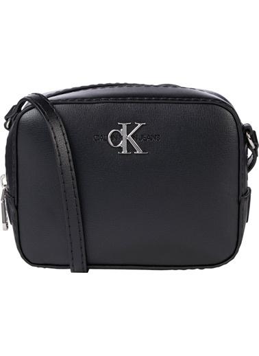 Calvin Klein  Ayarlanabilir Askılı Çanta Kadın Çanta K60K607485 Vıb Siyah